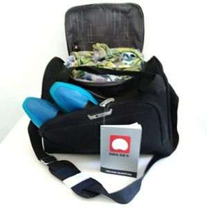 NWT Delsey Helium Quantum Personal Travel Bag New